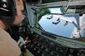 kc-135-boom-operator